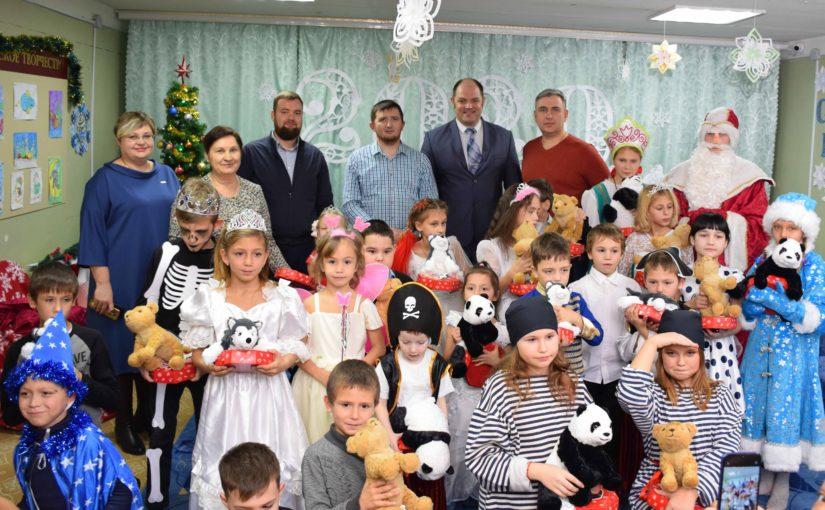 В Наримановском районе прошли новогодние  представления