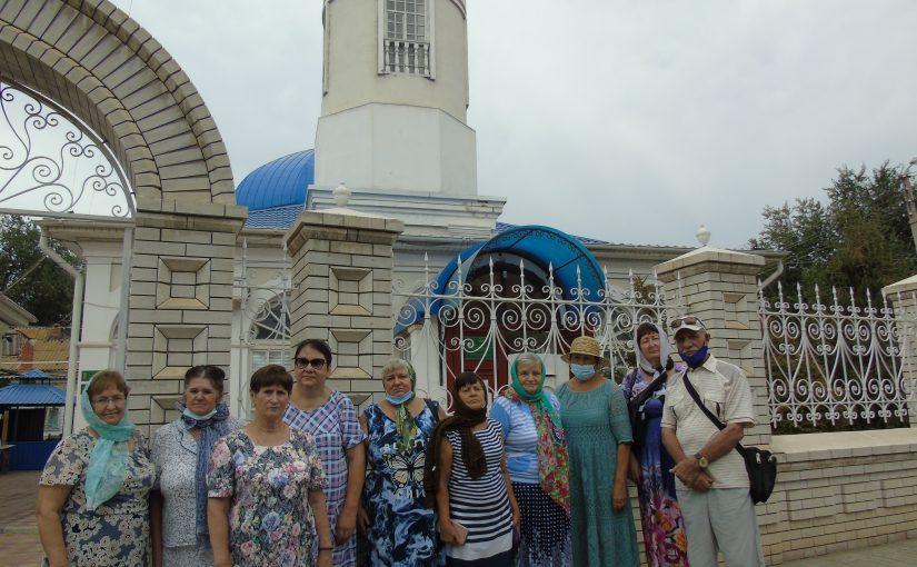 По храмам и соборам Астрахани